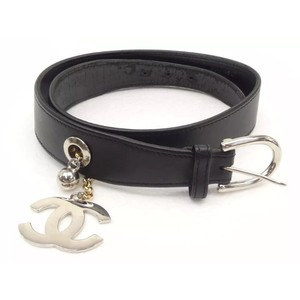 Chanel leather belt with CC LOGO