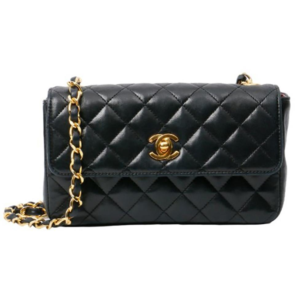 Chanel Classic Flap Vintage Small Quilted Black Lambskin Leather ... b2f3e6d39bb58