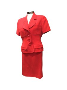 Chanel Chanel Red Wool Crepe Short Sleeve Sz 8 Skirt Suit