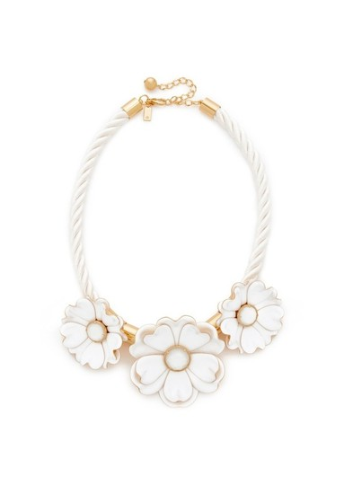 Preload https://img-static.tradesy.com/item/22443666/kate-spade-white-new-bright-blossom-peony-beauty-necklace-0-0-540-540.jpg