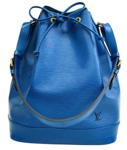 Louis Vuitton Bucket Large Epi Shoulder Bag
