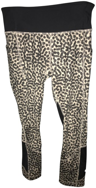 Item - Black and Tan- Leopard Print Activewear Bottoms Size 4 (S, 27)