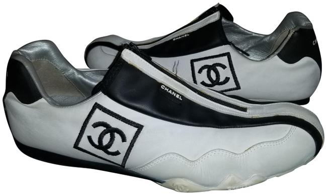 Item - White and Black Support Shoes200 Sneakers Size US 8 Regular (M, B)