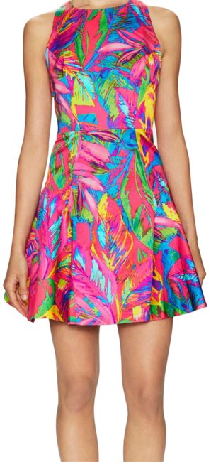 Item - Pink Multi Slim Fit and Flare Short Cocktail Dress Size 8 (M)