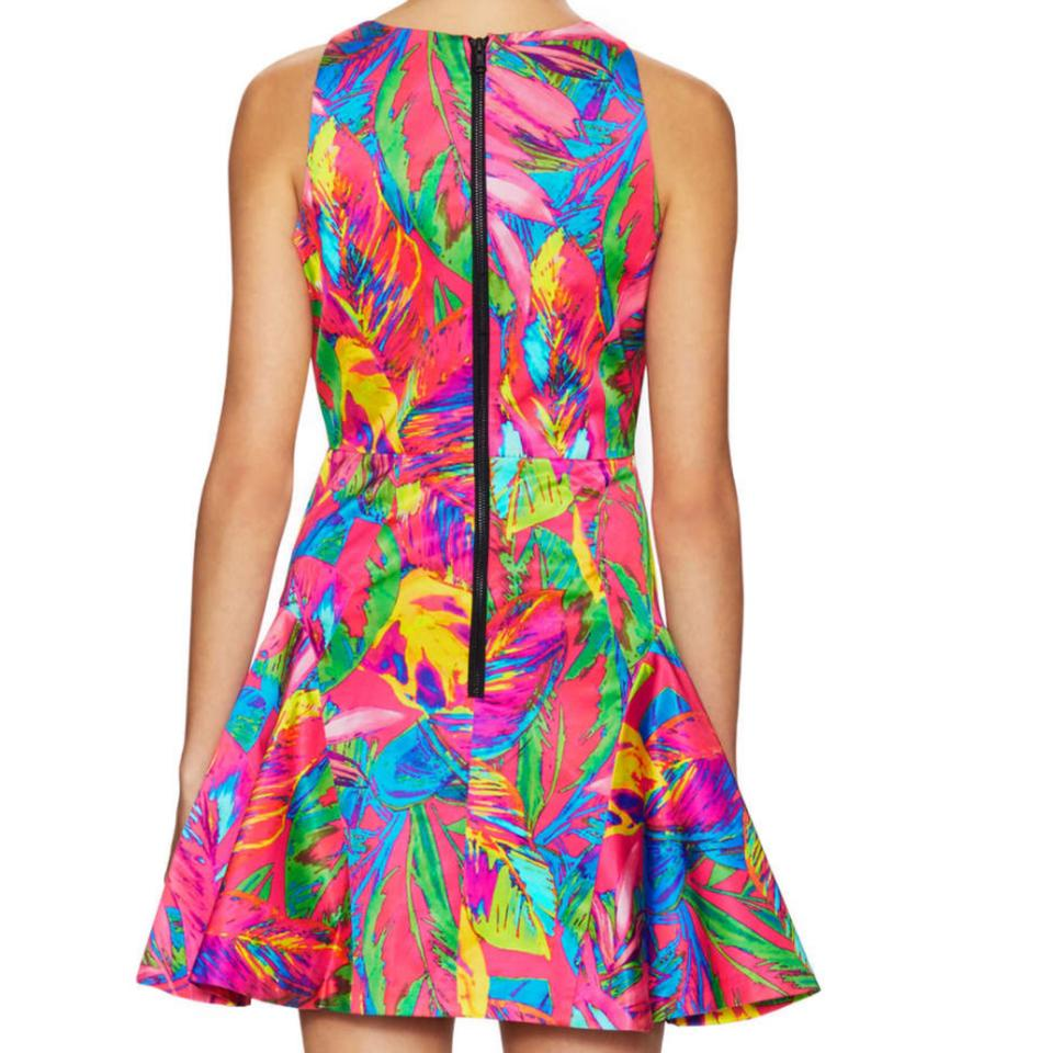 41a619908f1 MILLY Pink Multi Slim Fit and Flare Cocktail Dress. Size  8 (M) Length   Short