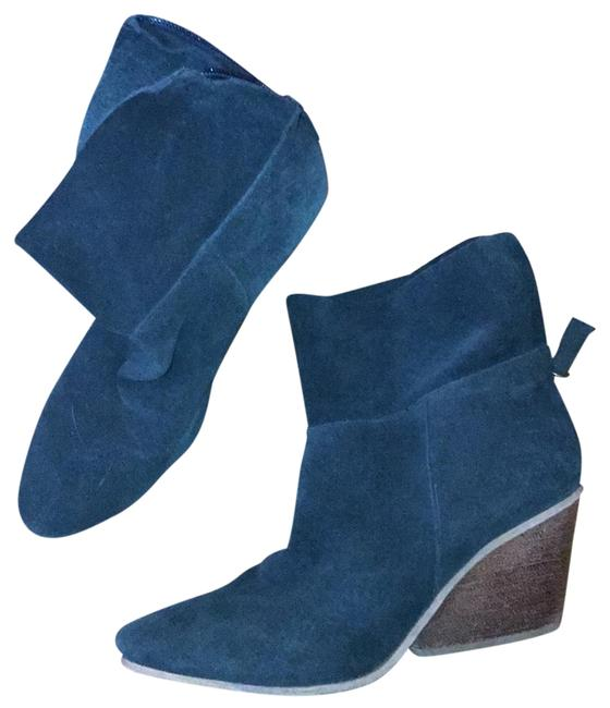 Item - Blue Suede Architectural Heel Boots/Booties Size US 8 Regular (M, B)