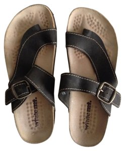 White Mountain Black Leather Sandals