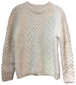 Carraig Donn Cable Knit Wool Sweater