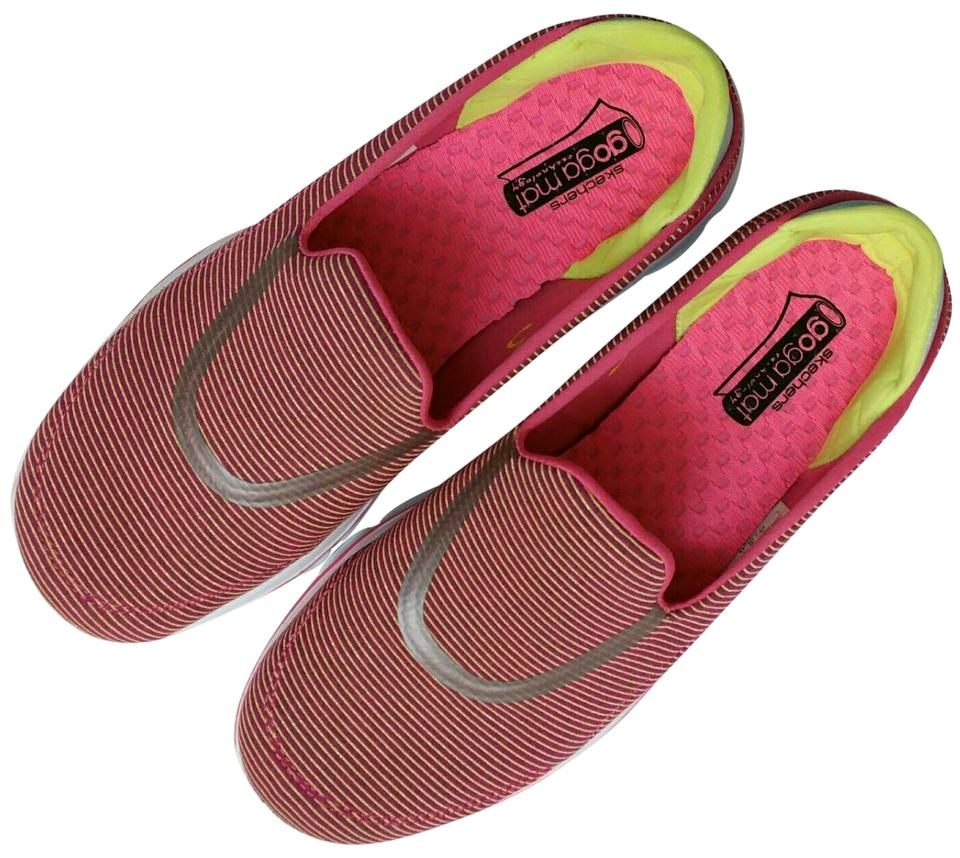 Skechers Hot Pink Green Performance Women's Go Walk 3 Fitknit Extreme Slip On Walking Sneakers Size US 7 Regular (M, B)