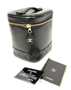 Chanel Chanel CC Lambskin Leather Cosmetic Vanity Case Purse Handbag Italy