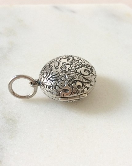 Silpada Silpada Sterling Silver Etched Dragon Locket Image 2