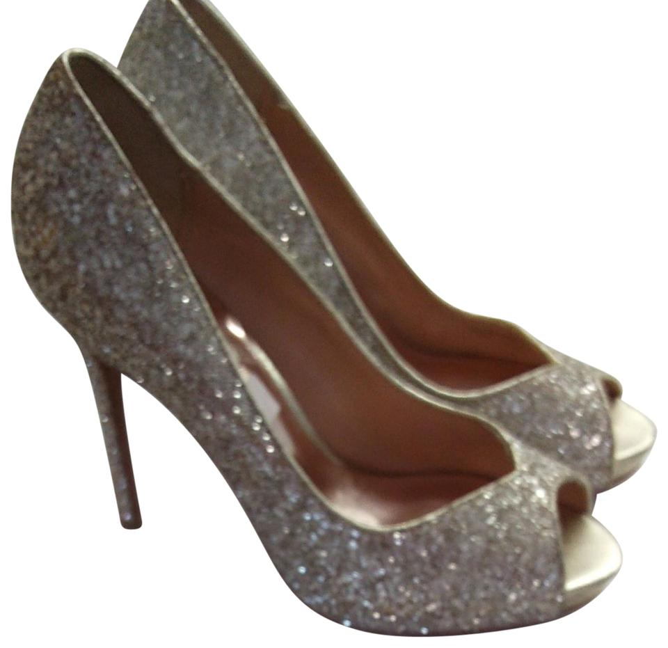 0a0afb40c29 Badgley Mischka Silver Sparkle Formal Shoes. Size  US 7.5 Regular (M ...