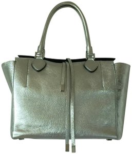 Michael Kors Lightweight Tote in Silver