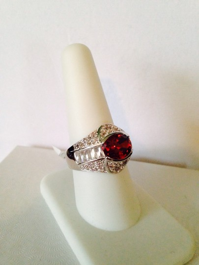 Other Embellished by Leecia NWOT Faceted Red & White Round And Baguette Crystals In Rhodium Ring, Size 9