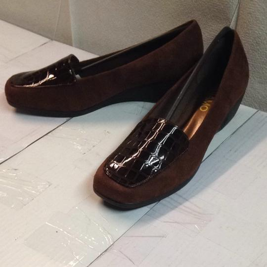 Andiamo Brown Wedges