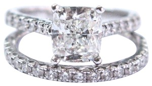 Coast Coast 18Kt Cushion & Round Cut Diamond White Gold Diamond Engagement S