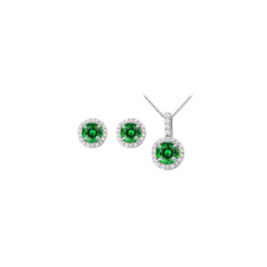 Preload https://img-static.tradesy.com/item/22460133/white-green-may-birthstone-emerald-and-cz-halo-earrings-and-pendant-necklace-0-0-540-540.jpg