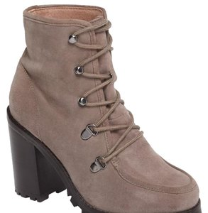 Seychelles taupe suede Boots