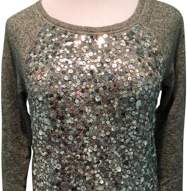 Preload https://img-static.tradesy.com/item/22460958/jcrew-gray-collection-sequin-cotton-sweaterpullover-size-4-s-0-4-650-650.jpg