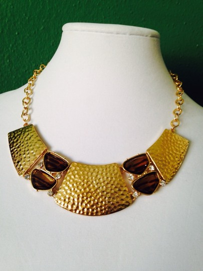 2 B Rych NWOT Hammered Gold-Tone & Smoky Glass & White Crystal Statement Necklace
