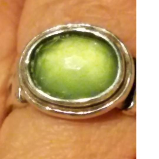 sterling silver ring with green stone A Beautiful Sterling Silver Ring