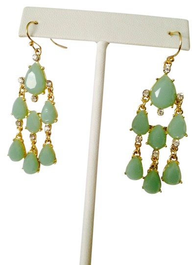 Other Embellished by Leecia NWOT Faceted Green & White Crystal In Gold-Tone Chandelier Earrings
