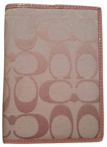 Coach Coach Khaki/Pink Passport Cover