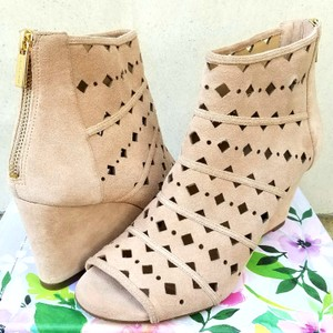 MICHAEL Michael Kors Cream or Beige Suede Wedges