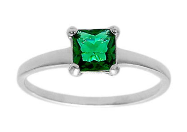 Item - Green 925 Silver Square Emerald Size 8 Ring