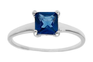 9.2.5 Beautiful 925 silver square blue topaz ring size 8