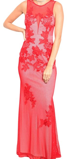 Star-Studded Inc Red Sleeveless Mesh Overlay Mermaid Plunge Gown Fashion Long Formal Dress Size 12 (L) Star-Studded Inc Red Sleeveless Mesh Overlay Mermaid Plunge Gown Fashion Long Formal Dress Size 12 (L) Image 1