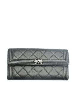 Chanel Chanel A80286 Le Boy Black Caviar Quilted Leather Snap Wallet (139455)