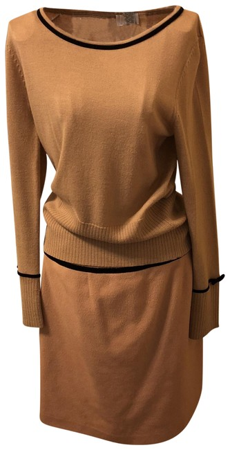 Item - Caramel -soft Brown Merino- Cashmere Blendwool Skirt Suit Size 6 (S)