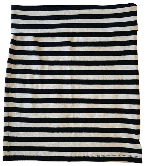 Forever 21 Black and Gray Striped Pencil Skirt Size 4 (S, 27) Forever 21 Black and Gray Striped Pencil Skirt Size 4 (S, 27) Image 1