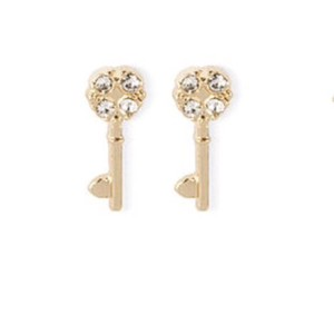 Claire's Tiny Key Studs