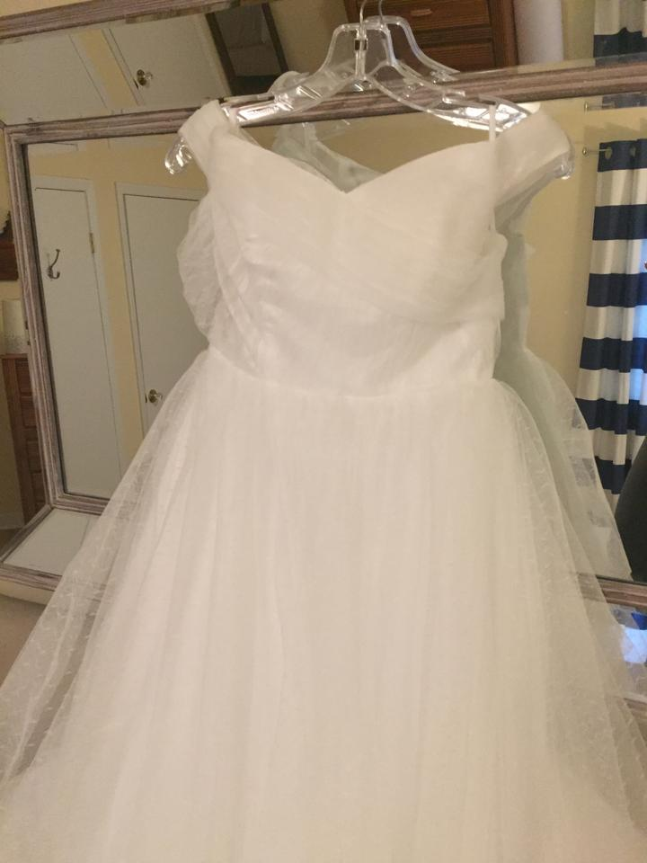 Off White Tulle The Shoulder Gown Feminine Wedding Dress Size 4 S