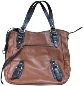 Lucky Brand Edgy Western Fashion Buckled Vintage Tote in tan