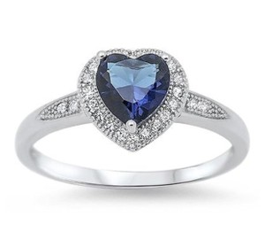 9.2.5 Gorgeous 925 silver sapphire heart cocktail ring size 6