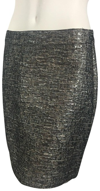 Preload https://item3.tradesy.com/images/banana-republic-silver-black-nwot-textured-metallic-miniskirt-size-4-s-27-22470347-0-3.jpg?width=400&height=650