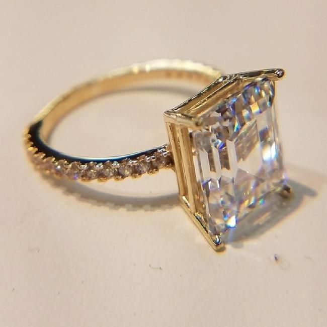 Item - Yellow Gold 14k Solid Real Emerald Cut Size 5 Engagement Ring