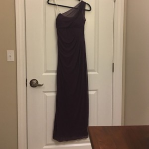 David's Bridal Plum Sexy Bridesmaid/Mob Dress Size 8 (M)
