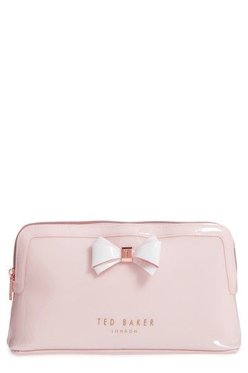 Preload https://img-static.tradesy.com/item/22471368/ted-baker-mid-pink-london-abbie-case-cosmetic-bag-0-0-540-540.jpg