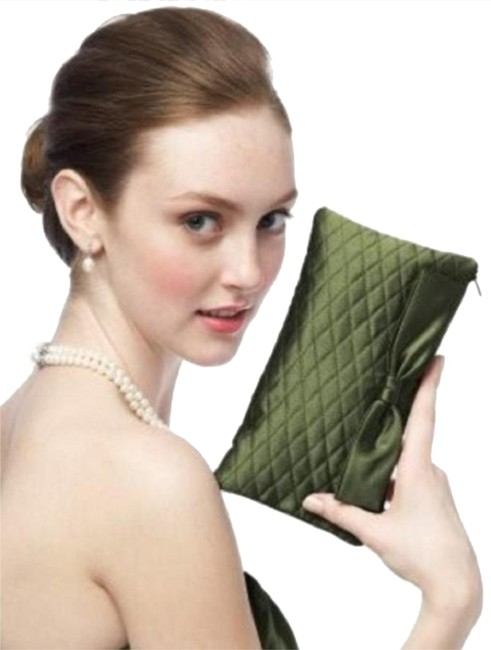 Item - Quilted - Style Hbag4 Green Taffeta Clutch
