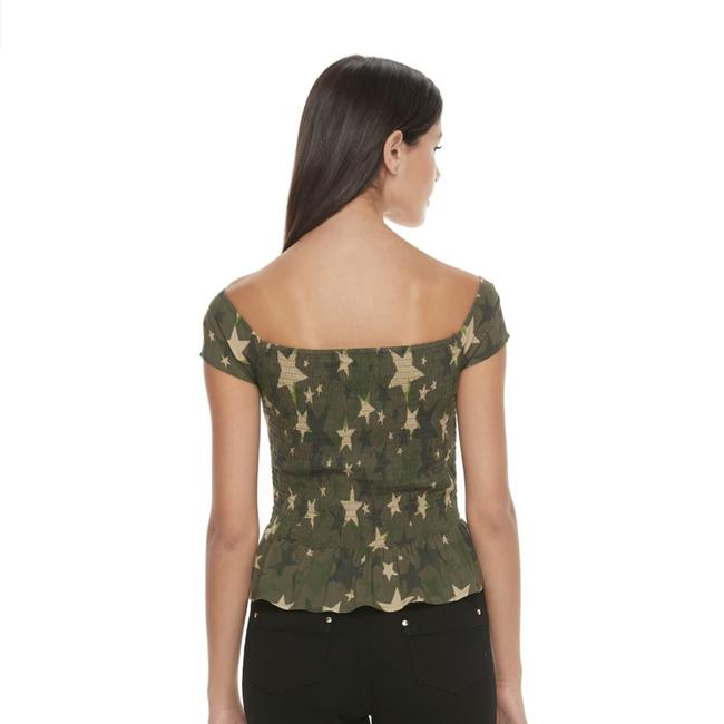 Preload https://item2.tradesy.com/images/candie-s-army-green-tan-jz73w001rp-tank-topcami-size-10-m-22471421-0-0.jpg?width=400&height=650