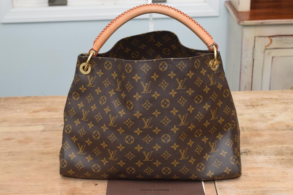 louis vuitton artsy mm in monogram with beige interior leather coated canvas hobo bag tradesy. Black Bedroom Furniture Sets. Home Design Ideas