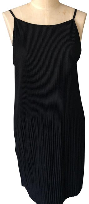 Preload https://item3.tradesy.com/images/h-and-m-black-night-out-dress-size-8-m-22471512-0-1.jpg?width=400&height=650