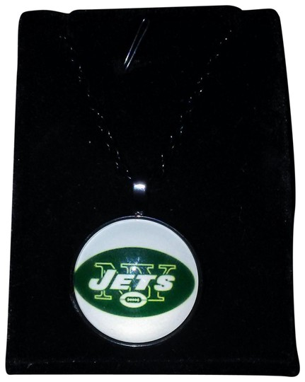 Preload https://item2.tradesy.com/images/black-nfl-new-york-jets-glass-dome-pendant-necklace-22471806-0-1.jpg?width=440&height=440