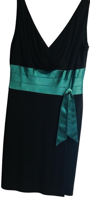 Preload https://item2.tradesy.com/images/kay-unger-black-green-with-festive-silk-details-mid-length-cocktail-dress-size-14-l-22471911-0-1.jpg?width=400&height=650