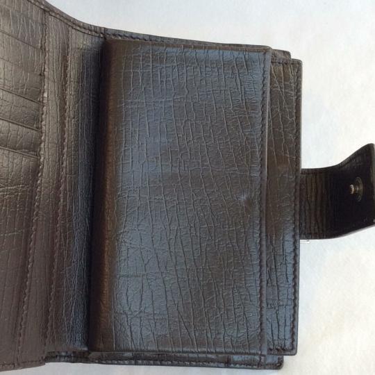 Gucci Authentic GG monogramed kiss-lock wallet