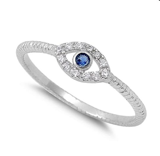 9.2.5 Very cute white and blue topaz evil eye ring size 6